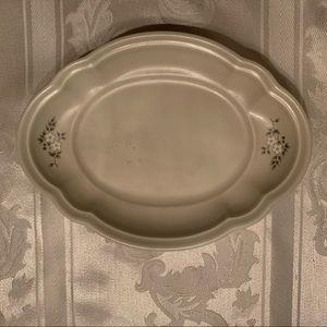 Pfaltzgraff Heirloom Oval platter